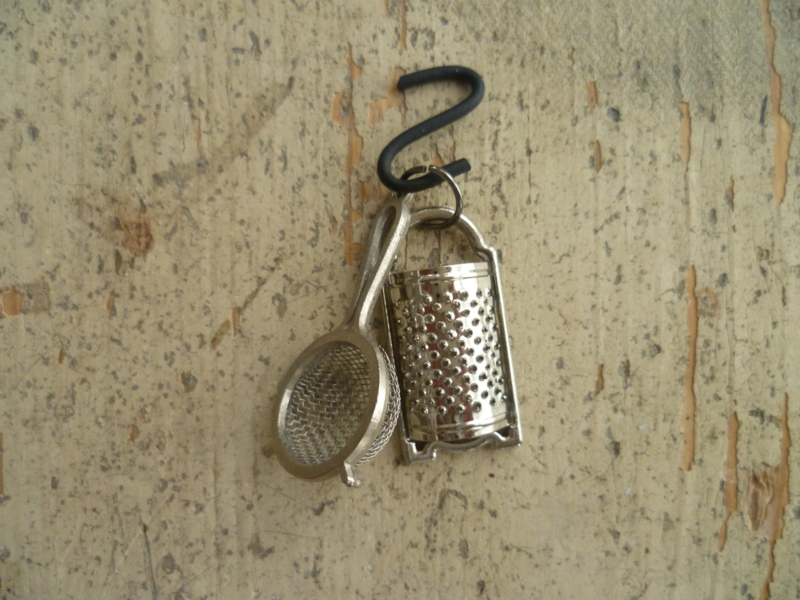 Sieve and grater
