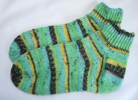 Kleurige sokken met zilverdraadje (kies uw maat)