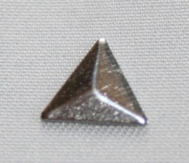 Triangle Silver (8x8 mm)