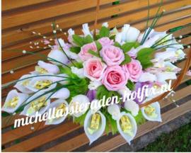 Boeket roze roosjes 50x40 cm
