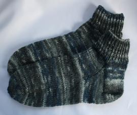 Kleurige sokken met zilverdraadje maat 38/39