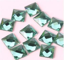 Square Peridot 6x6 mm