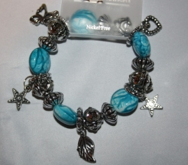 Aquablauwe armband met bedels