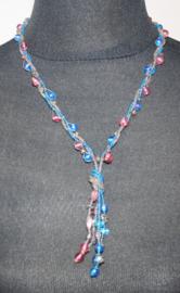 Blauw/roze ketting