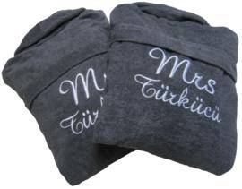 Set badjassen Mr en Mrs groot met naam
