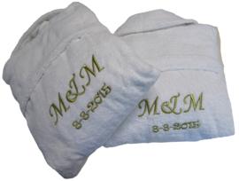 Set badjassen met initialen en datum