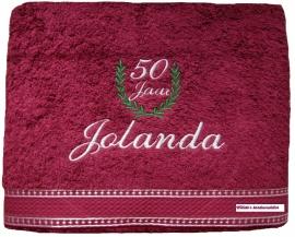 Handdoek 60x110 met lauwerkrans en naam