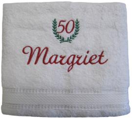 Handdoek 50x100cm met lauwerkrans en naam