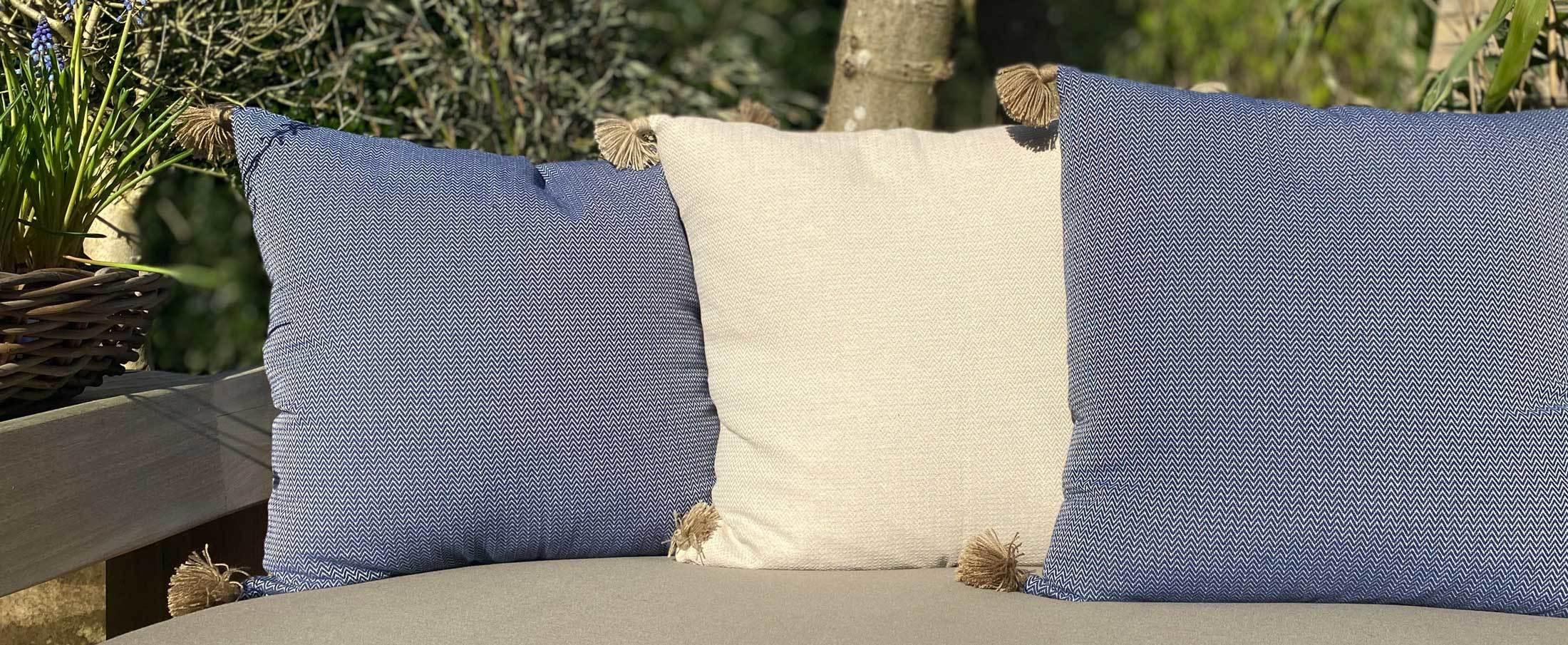 Cushions Pompons Blue Sand