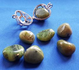 Jade knuffelsteen - klein