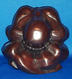 Yogiman - donker bruin polystone 12cm
