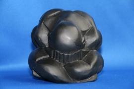 Yogiman - mat zwart polystone