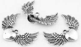 Vleugels met hartje