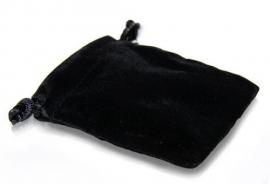 Zwart fluwelen zakje klein