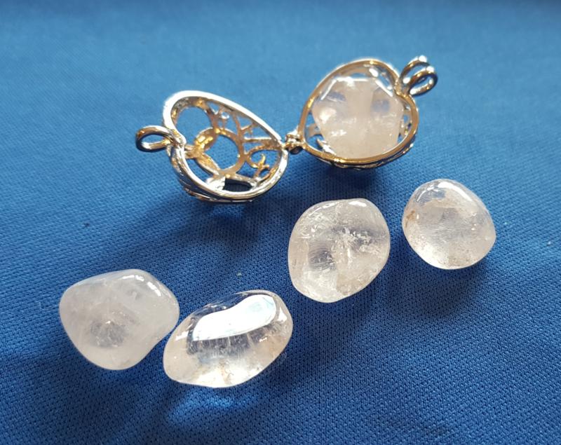 Bergkristal klein knuffelsteen