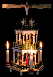 Kerstpiramide 3 etages Kerstverhaal