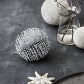 """Ornament """"Spikes"""" zilver"""