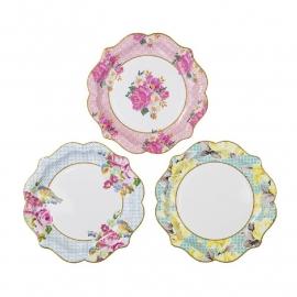 Plates medium truly scrumptios