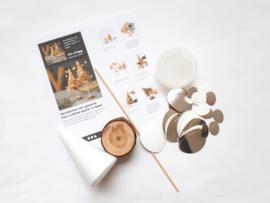 Kerstboom pakket van Faux Leather paper klein wit/zilver