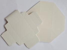 Kleurrijke vouwdozen 10 stuks crème 5,5 x 5,5 cm 250 grams papier