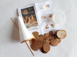 Kerstboom pakket van Faux Leather paper groot bruin/goud