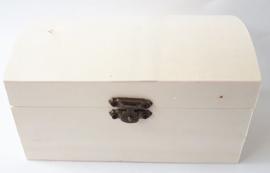 Houten schatkist met een bolle deksel 14,7 x 9 x 8,2 cm