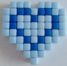 Zelfgemaakte Pixelhobby hartje blauw 2,3 x 2,3 cm