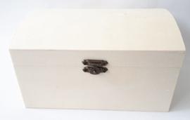 Houten schatkist met een bolle deksel 17 x 11,8 x 9,8 cm