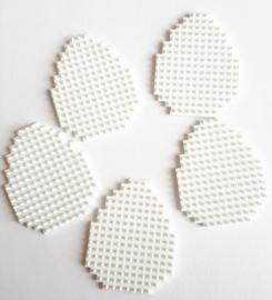 Paaseieren klein 5 stuks (gesneden uit wit flexibele basisplaat) 3,5 x 4 cm