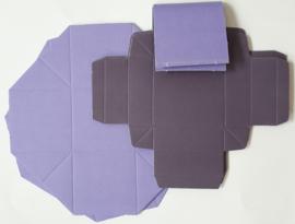 Kleurrijke vouwdozen 7 stuks paars 5,5 x 5,5 cm 250 grams papier