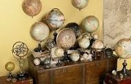 Globe Mobile 5 verschillende eeuwen