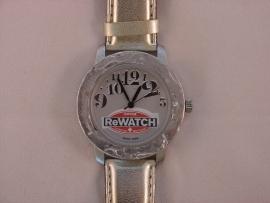 ReWATCH horloge met zilverkleurige band.