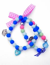 Elastisch armbandje dubbel! glaskralen en bedeltjes blauw/mint/roze