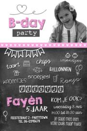 """Uitnodiging kinderfeest schoolbord """"Fayèn"""" met foto, set van 5 stuks"""