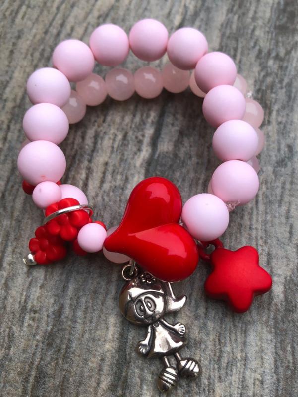 Kralenpakketje roze/rood met naambedel