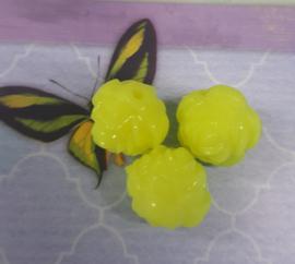 Per stuk kunststof roos geel 15mm x 15 mm gat 2mm