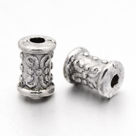 20 stuks tibetaans zilveren kraaltjes 5 x 7mm gat: 2mm