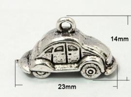 10x Tibetaans zilveren bedeltje van een auto kever 3D 24 x 9 x 15mm Gat c.a. 1,5mm