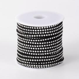1 meter imitatie Suède leer 3mm zilver met aluminium studs  zwart
