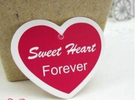 50 stuks Labels met ponsgat zonder touwtje hart model : Sweet heart forever c.a. 35 x 30mm