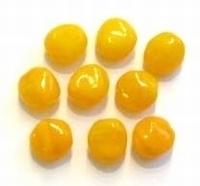 10 Stuks Glaskraal grillig licht-oranje gemeleerd 11 mm