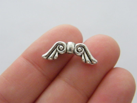 10 x tibetaans zilveren vleugeltjes  21 x 7,5 mm gat: 1mm
