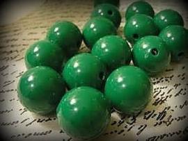 10 Stuks Acrylkralen groen 12 mm , gat 3 mm