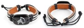 Runderlederen armbandje met steenbok ± 18,5x1,2cm, in maat verstelbaar