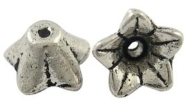 10 stuks kralenkapjes 7,5 x 4mm gat: 1mm Tibetaans Zilver