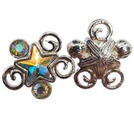 1 x Leuk ornament met swarovski ster; 17 mm x 19 mm