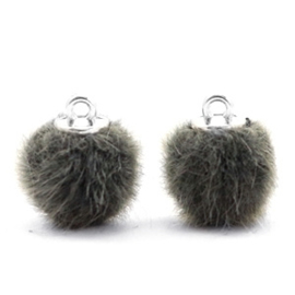 2 x Pompom bedels faux fur 12mm Sage green