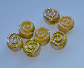 10 stuks gemeleerde glans slakkenhuis  geel 15mm
