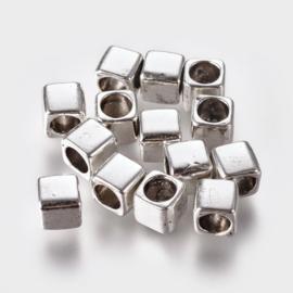 10 stuks DQ Tibetaans zilveren kralen vierkante 6mm gat: 4mm antiek zilver nikkelvrij