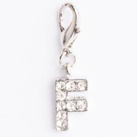 Be Charmed letter F bedel met karabijnsluiting zilver met een rhodium laag (nikkelvrij)